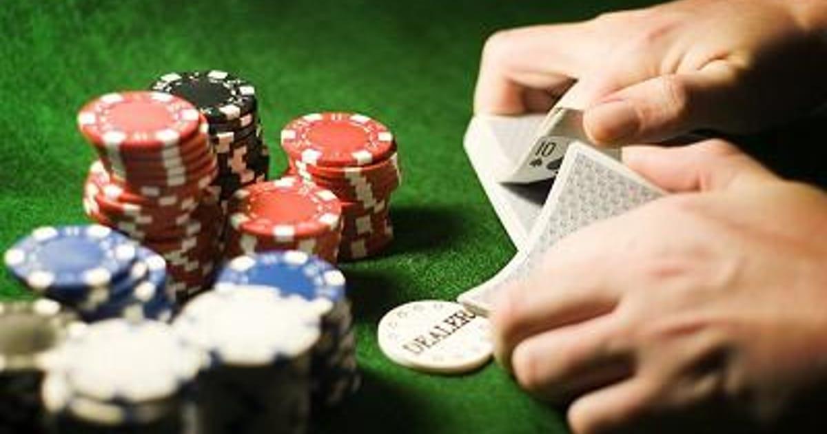 Motobola Poker About Me
